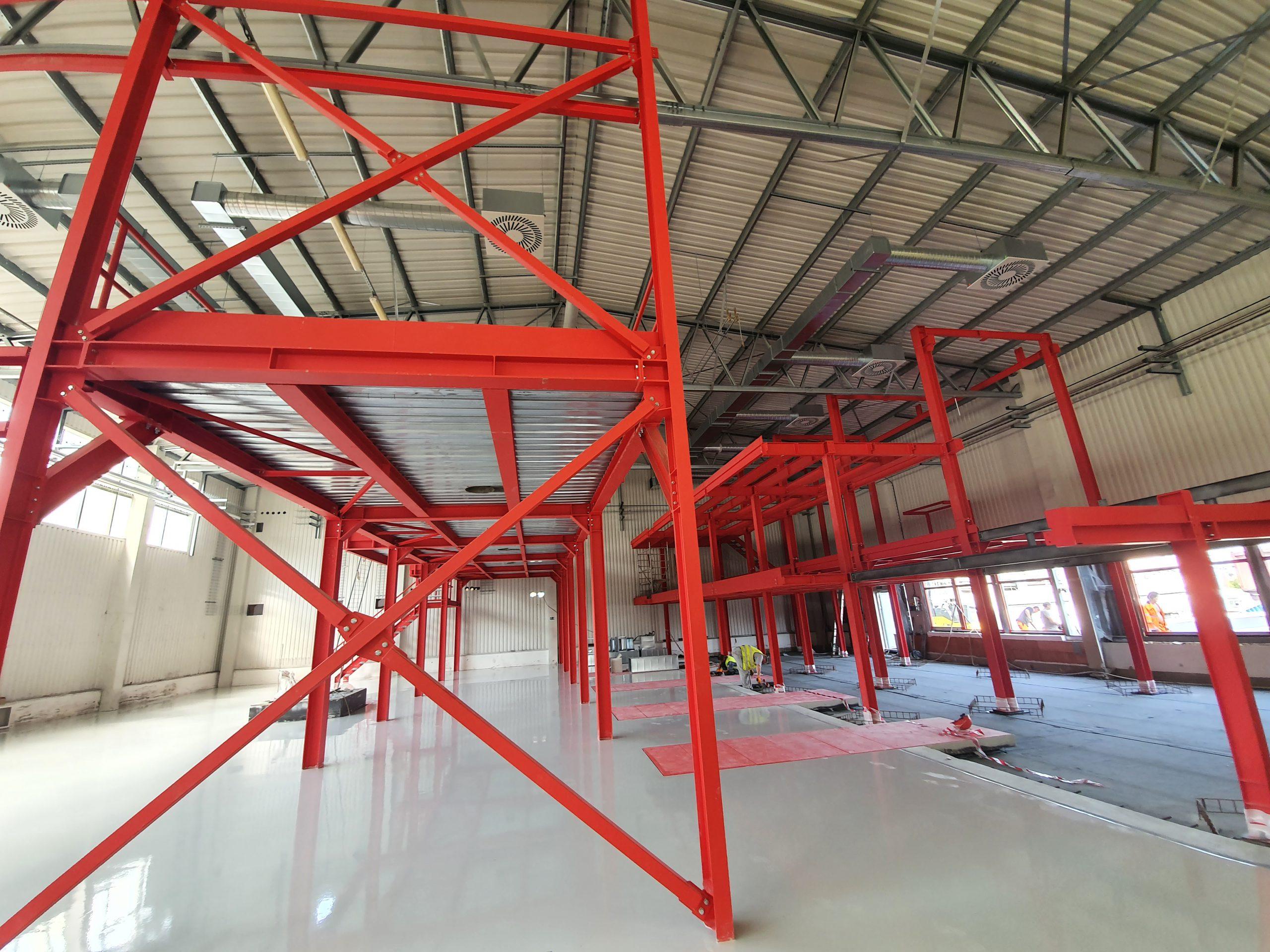 Realizace ocelových konstrukcí při zkapacitnění výroby barev malých šarží v areálu Jotun Trmice